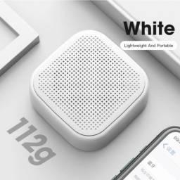 Caixa de Som Bluetooth 5.0 com Microfone e Subwoofer