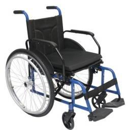 Título do anúncio: Cadeira de rodas almofadada NOVA