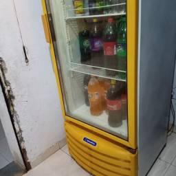 Vendo,expositor refrigerante,eh uma cervejeira