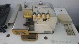 Máquina  Interlock SINGER Semi Nova