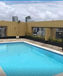 002V - Apartamento à venda, 3 quertos, sendo 1 suíte, lazer, no Pina