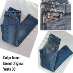 Bazar de Calças Jeans Importadas-Seminovas