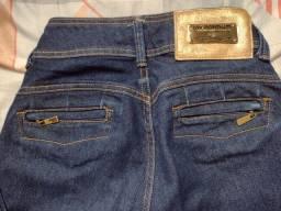 Título do anúncio: Calça jeans nova