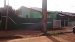 Casa com 03 quartos em Uvaranas!!!