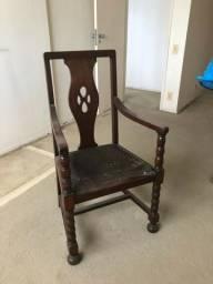 Cadeira estilo colonial