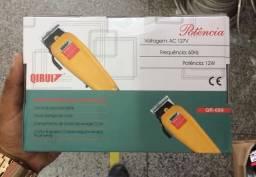 Máquina de cabelo Qirui 110 volts com 9 acessórios profissional