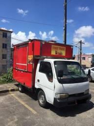 Aluga-se Food Truck por R$ 300 a diária