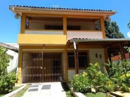 Casa/ Ponto Comercial, na Av. Comercial em Candeias com 5 quartos, espaço amplo