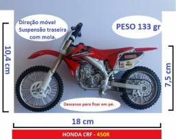 Miniatura moto Honda CRF 450R - Ipiranga Jet Oil - Maisto