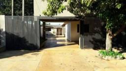 Casa ampla com piscina no PQ dos Coqueiros