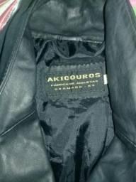 Vende se jaqueta de couro