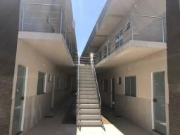 Aluga-se kitnet e apartamentos de 2 quartos com a água inclusa(por nossa conta)