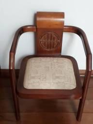 Cadeira Japonesa