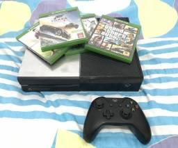 Xbox One 1TB com jogos