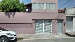 Casa plana para alugar próximo av. Pontes Vieira