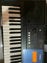 Teclado Yamaha PSR-E333