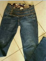 calças femininas usado