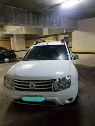 Renault Duster Dynamic 2.0 auto 2015