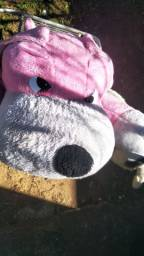 Pelúcia gigante cachorra