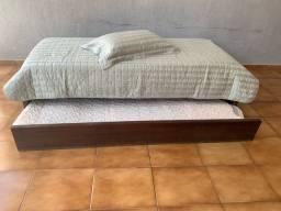 Cama com bicama e colchão