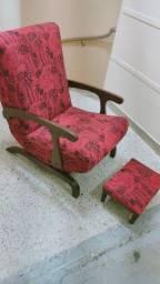 Cadeira antiga de balanço perfeita