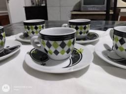 Jogos de xícaras para café