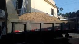 Retiramos entulhos  e  vendemos  aterro  , areia  e pedra