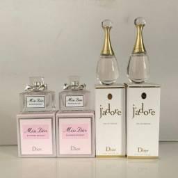 Título do anúncio: 2 miniaturas perfumes originais Jadore e Miss Dior Blooming Bouquet 5 mls