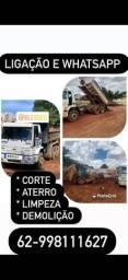 Título do anúncio: Serviço de terraplanagem limpeza e demolição