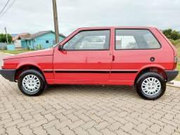 Vendo fiat uno  1993 carro raríssimo estado de conservação