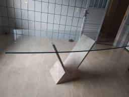 Oportunidade, mesa de vidro e base de marmore