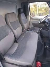 Título do anúncio: Caminhão Accelo 815 2012