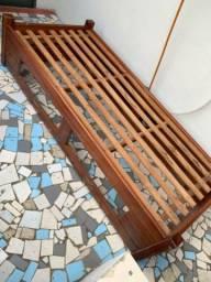 Cama de solteiro madeira maciça s/ colchão