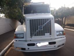 Caminhão cavalo volvo nl10 360 trucado vendo ou faço troca .