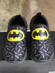 Tênis infantil batman