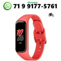 Título do anúncio: Smartband Samsung Galaxy Fit2 , Bluetooth , Vermelho Smartwatch