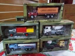 miniaturas de caminhão