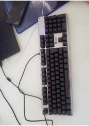 Teclado de computador e notebook