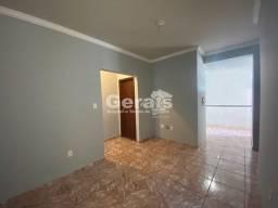 Apartamento para aluguel, 3 quartos, 1 suíte, 1 vaga, BOM PASTOR - Divinópolis/MG