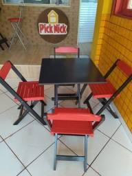 Título do anúncio:   3 Mesa com 4 cadeiras vermelhas