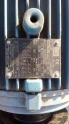 Motor eletrico otimo estado