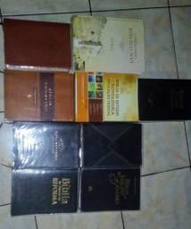 Coleção de Bíblias de estudos