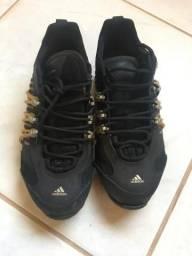 Tênis Adidas Hellbender