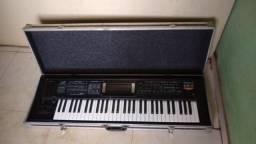 Roland Gw8 preço pra vender logo 1800,00