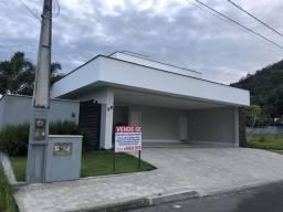 Excelente casa 4 suítes condomínio fechado em Joinville!!!
