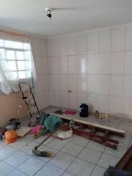 Alugo casa no Uberaba