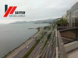Cobertura de 4 suites e 6 vagas de garagem a venda Beira Mar Norte Florianopolis