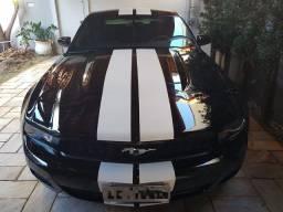 Ford Mustang v6 2010 9.000 milhas