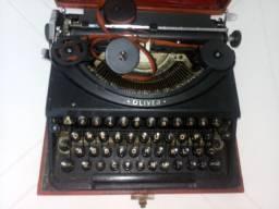 Maquina de datilografia oliver