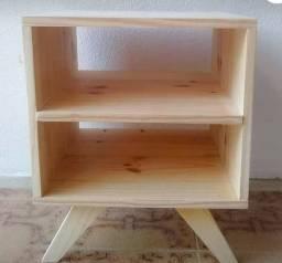 PROMOÇÃO: Criado-mudo de madeira